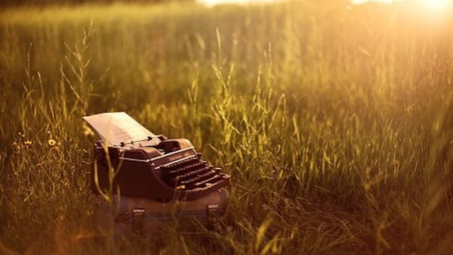 23-Typewriter-in-a-field